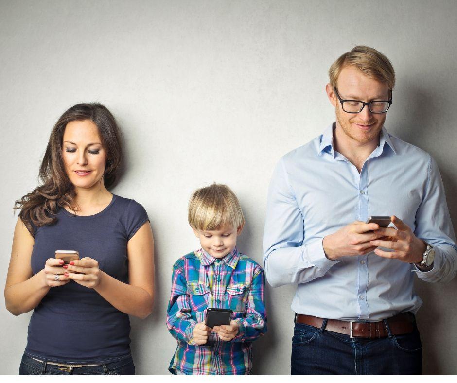 Educare i genitori all'uso di smartphone